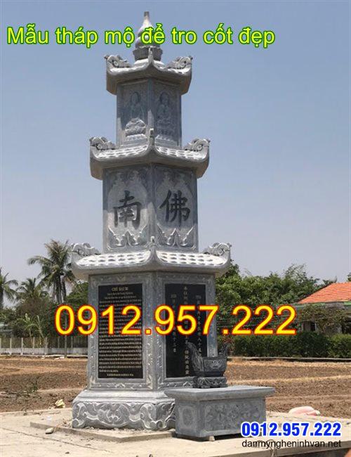 tháp mộ bằng đá thờ hũ tro cốt tại Bến Tre