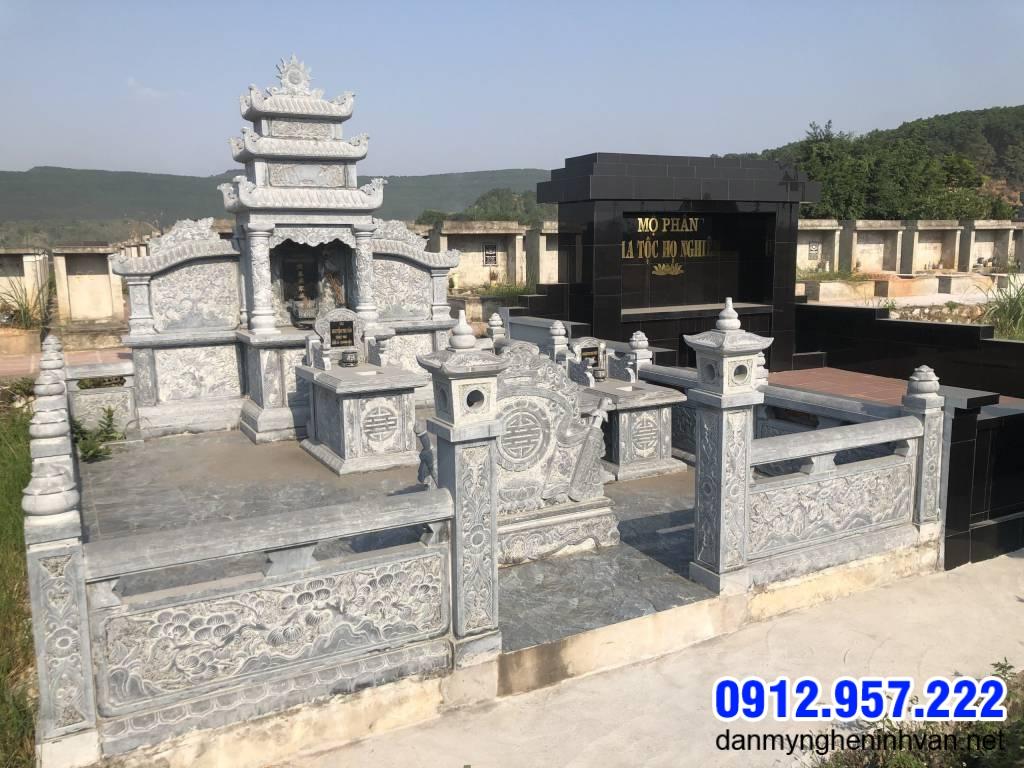 tường rào khu nhà mộ bằng đá xanh tự nhiên đẹp nhất hiện nay