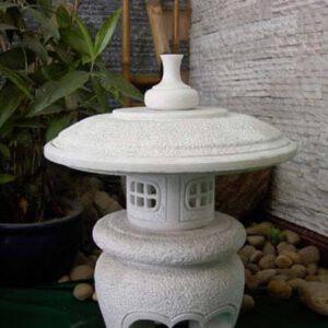 Mẫu đèn đá trang trí sân vườn thịnh hành
