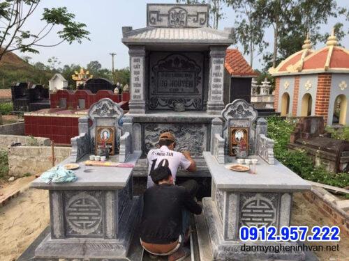 Nhà mồ song thân bằng đá Ninh Bình