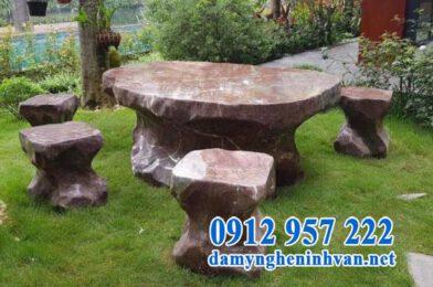 Trang trí sân vườn đậm chất Á Đông bằng đèn đá kiểu Nhật & bàn ghế đá