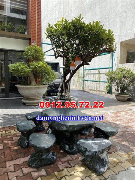 Bàn ghế đá tự nhiên sân vườn Hải Phòng
