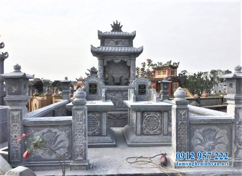 Xây lăng mộ đá Ninh Bình cuối năm