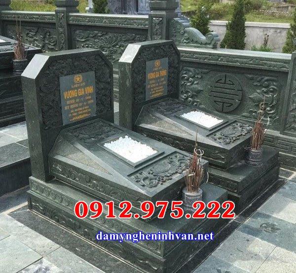 Mẫu mộ đôi bằng đá xanh rêu đẹp